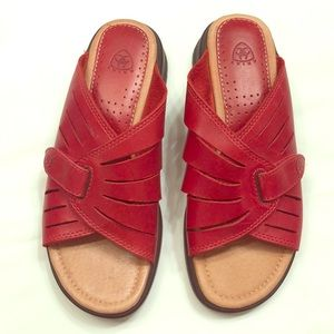 Ariat Red Leather sandal NWOT